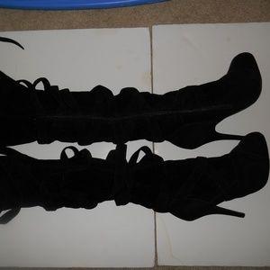 Shona Thigh High Black Velvet Womens Boots Sz 7.5